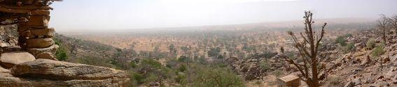 1024px-Panorama_Dogon